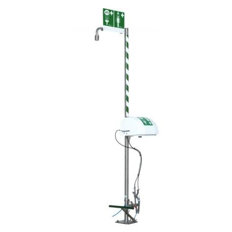 Samovypouštěcí volně stojící sprcha s vaničkou a krytem